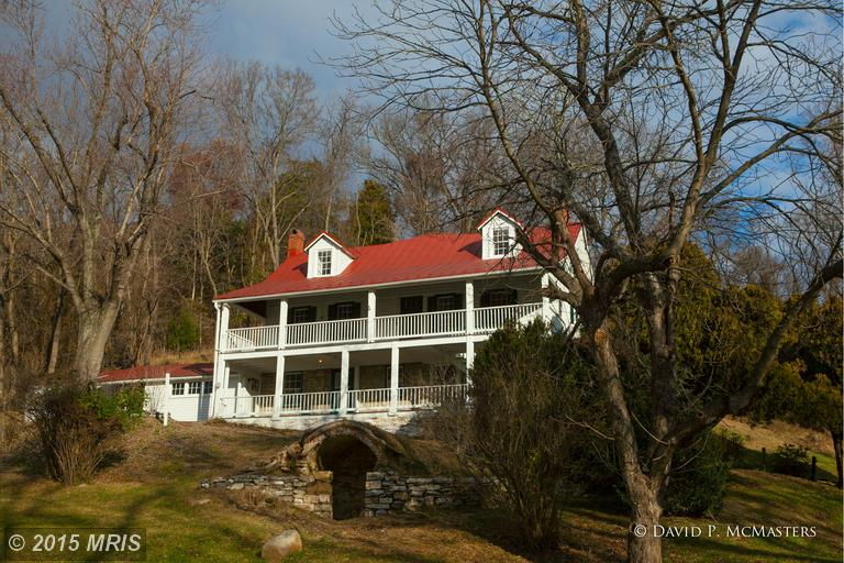 1799 Bloomery Rd, Charles Town, WV 25414