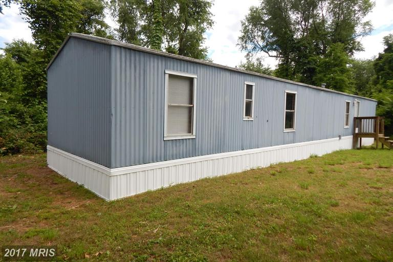 485 Bunkhouse Rd, Kearneysville, WV 25430