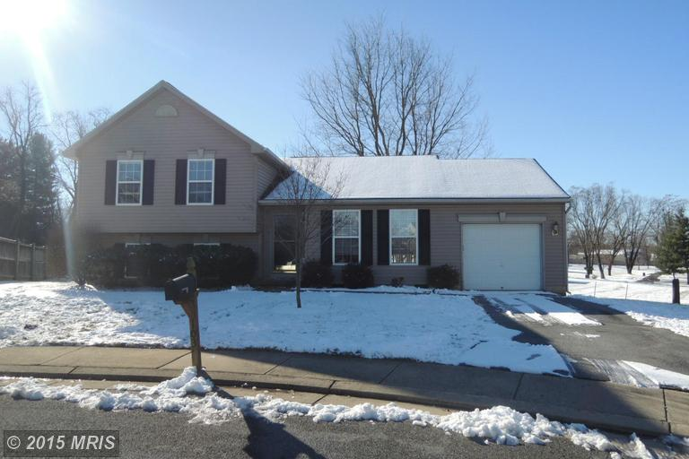103 Edaw Dr, Charles Town, WV 25414