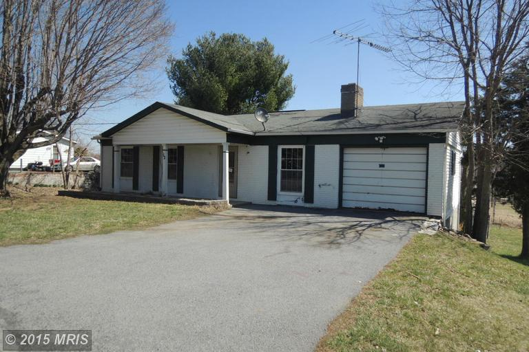 12 Orchard Dr, Ranson, WV 25438