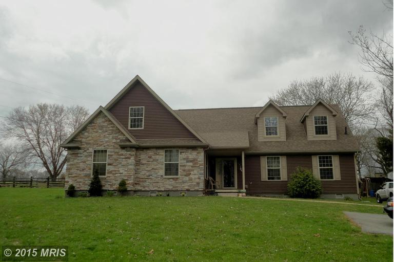 293 Ridge Rd, Shenandoah Junction, WV 25442