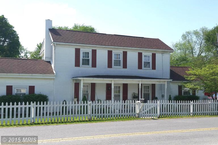 12 Maple Ave, Harpers Ferry, WV 25425