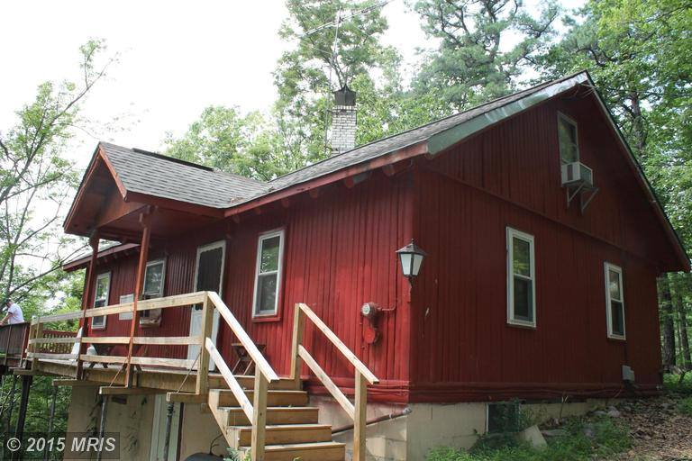 714 Shannondale Rd, Harpers Ferry, WV 25425