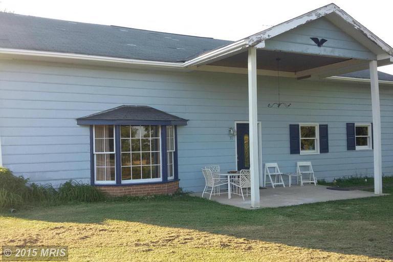 31 Morningside Dr, Kearneysville, WV 25430