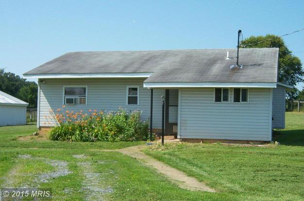 834 Willingham Rd, Charles Town, WV 25414
