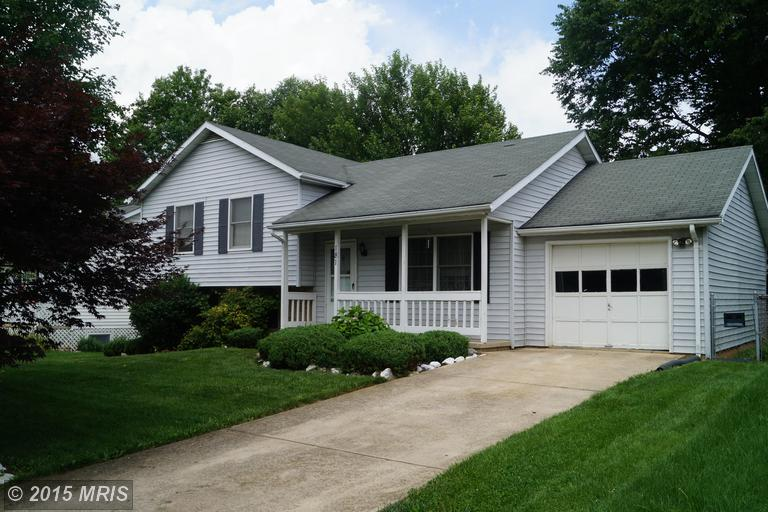 181 Fulton Ave, Charles Town, WV 25414