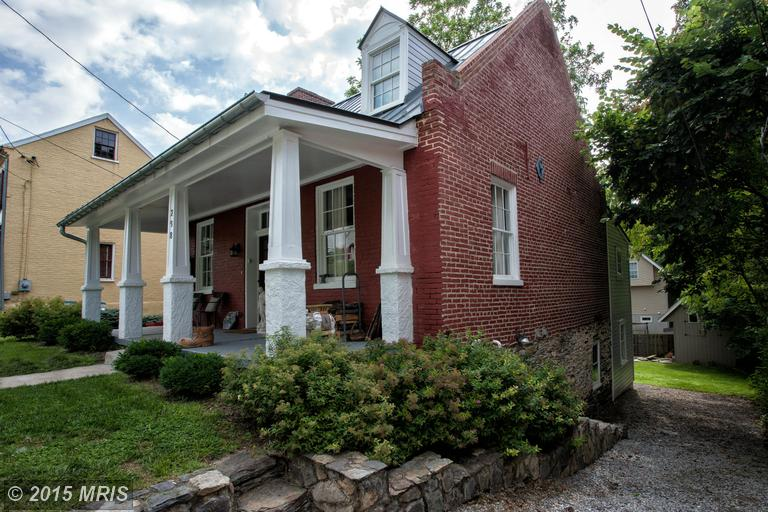 298 Union St, Harpers Ferry, WV 25425