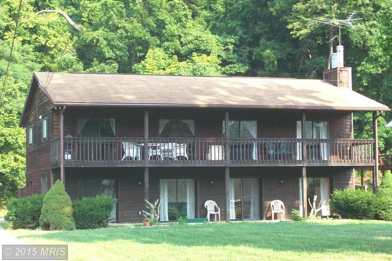 261 Mason Dr, Harpers Ferry, WV 25425
