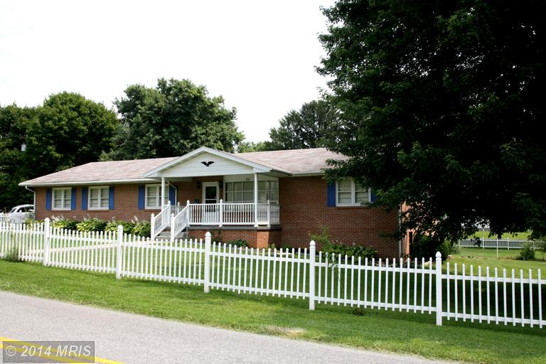 274 Euclid Ave, Charles Town, WV 25414