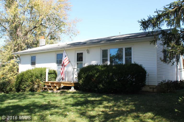 270 Persimmon Ln, Shepherdstown, WV 25443