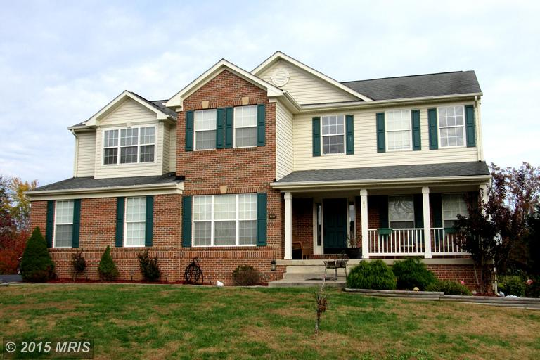 85 Doral Ct, Charles Town, WV 25414