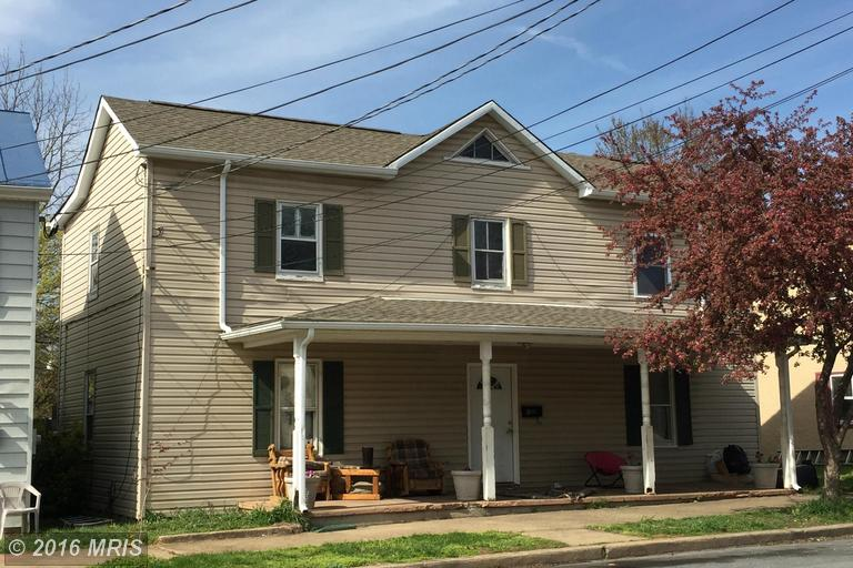 410 E Liberty St, Charles Town, WV 25414