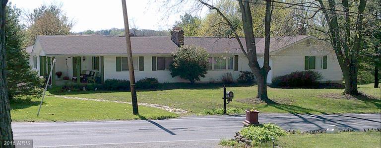 224 Old Leetown Pike, Kearneysville, WV 25430