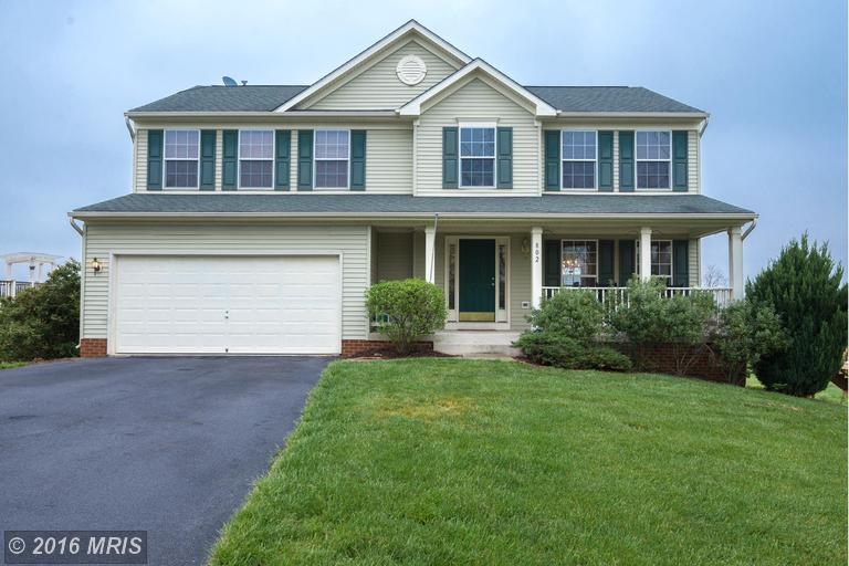 802 Sawgrass Dr, Charles Town, WV 25414