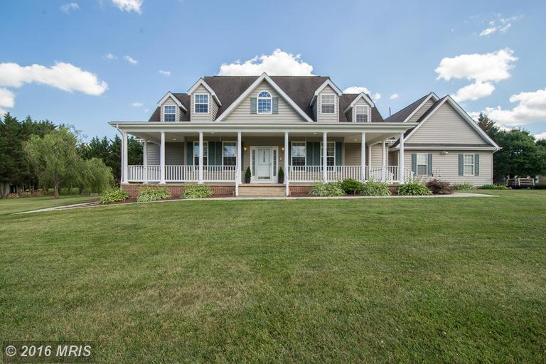 406 Pleasant Valley Dr, Charles Town, WV 25414