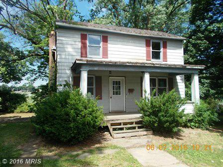 845 Jefferson Ave, Charles Town, WV 25414