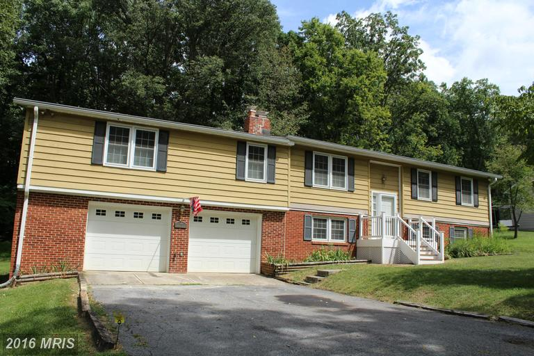 364 Persimmon Pear Ln, Harpers Ferry, WV 25425