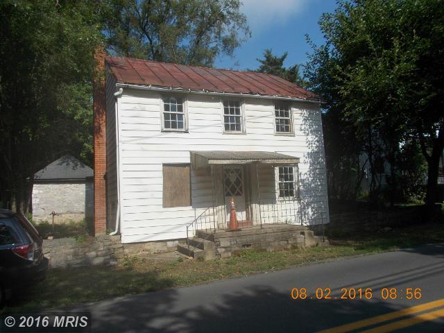 7405 Queen St, Kearneysville, WV 25430