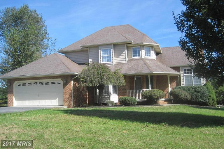 1105 Deer Mountain Dr, Harpers Ferry, WV 25425