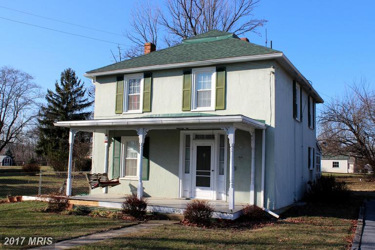 290 Virginia Ave, Summit Point, WV 25446