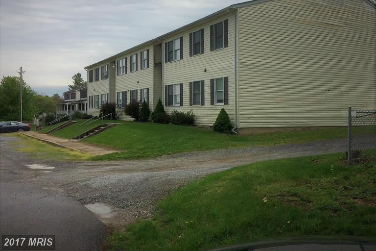 119 Park Charles Town, WV 25414