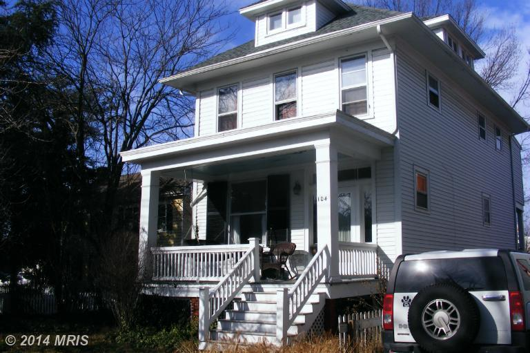 104 S Queen St, Chestertown, MD 21620