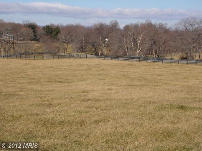 Image of Acreage for Sale near Middleburg, Virginia, in Loudoun county: 3.57 acres