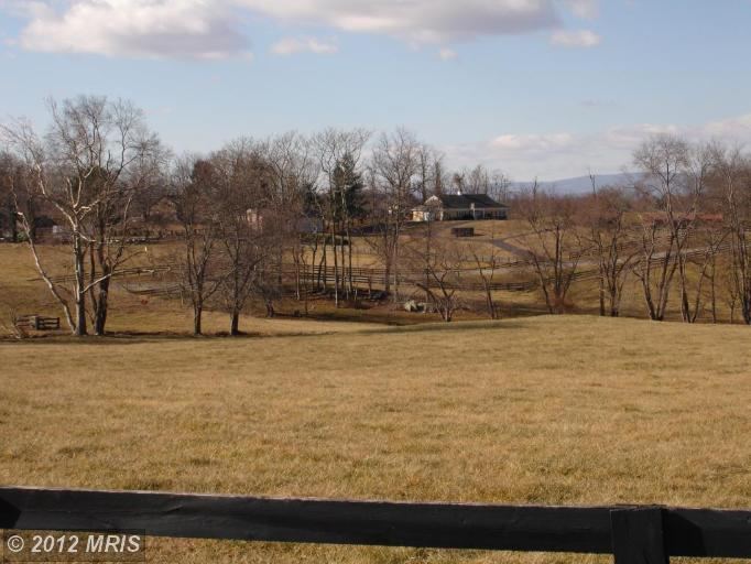 Image of Acreage for Sale near Middleburg, Virginia, in Loudoun county: 3.02 acres