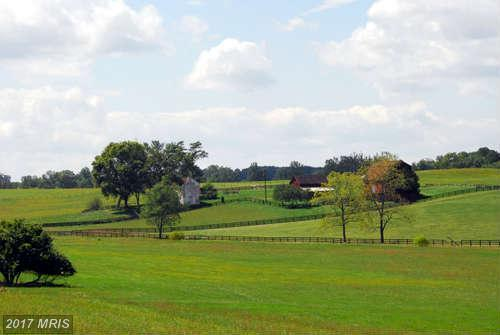 Image of Acreage for Sale near Middleburg, Virginia, in Loudoun County: 179.1 acres