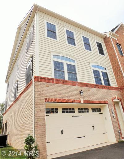 One of South Riding 3 Bedroom Homes for Sale