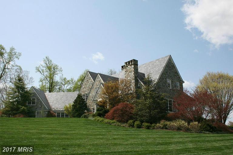 Image of Residential for Sale near Leesburg, Virginia, in Loudoun county: 38.00 acres