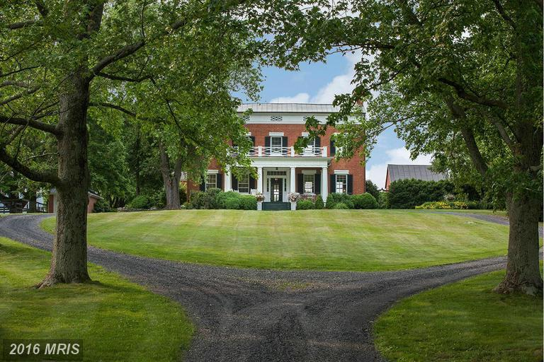 Image of Residential for Sale near Upperville, Virginia, in Loudoun county: 34.30 acres