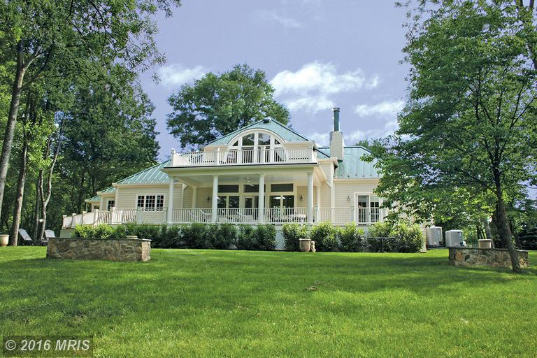 Image of Residential for Sale near Middleburg, Virginia, in Loudoun County: 10 acres