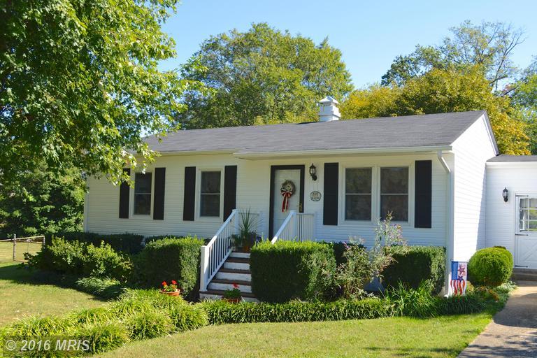 105 Sycamore St, Middleburg, VA 20117