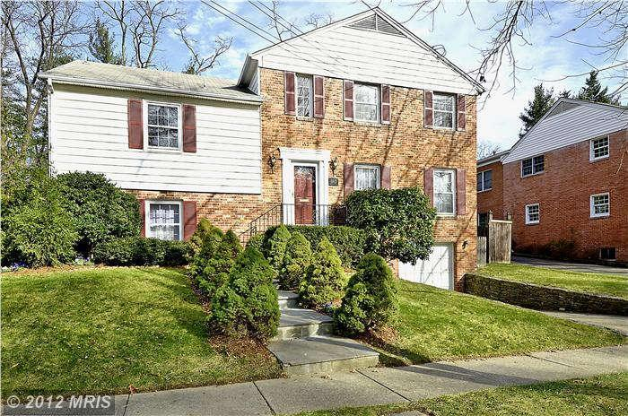 5513 Westbard Ave, Bethesda, MD 20816