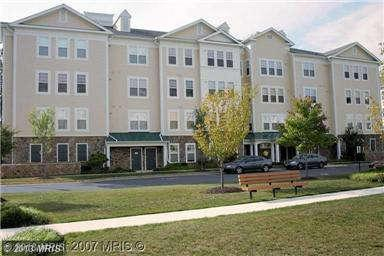 300 High Gables Dr # 206, Gaithersburg, MD 20878