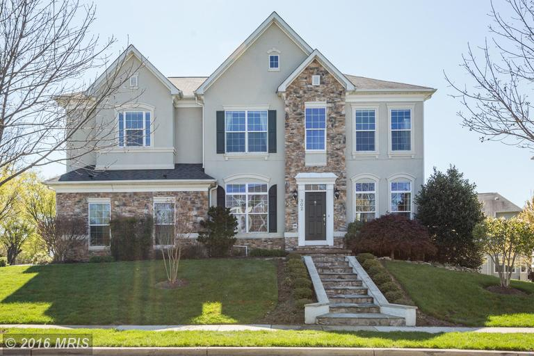 302 Autumn Wind Way, Rockville, MD 20850