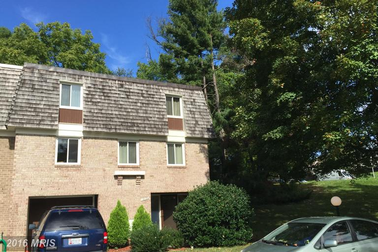 19134 Capehart Dr, Montgomery Village, MD 20886