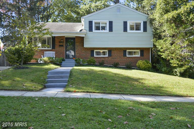 11112 Lund Pl, Kensington, MD 20895
