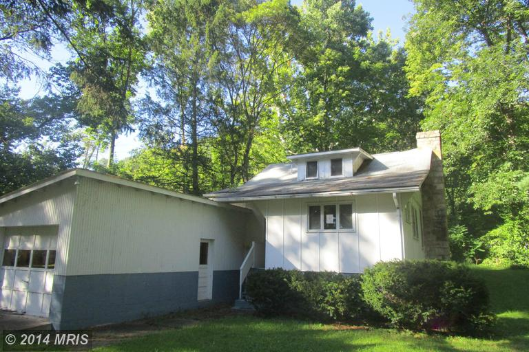 141 Lower Country Club Rd, Mount Union, PA 17066