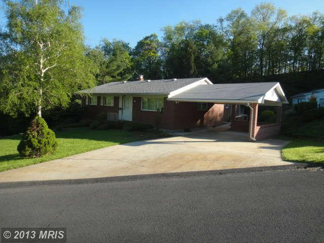 55 Old Orchard Dr, Keyser, WV 26726