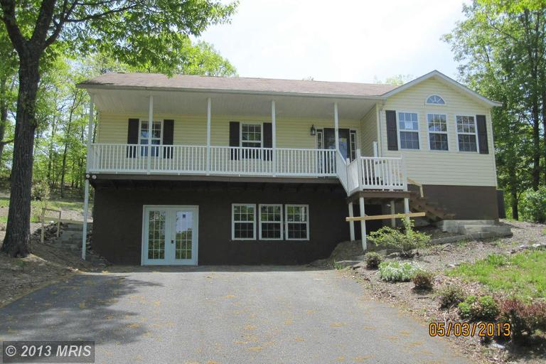 60 Maple Ln, Ridgeley, WV 26753
