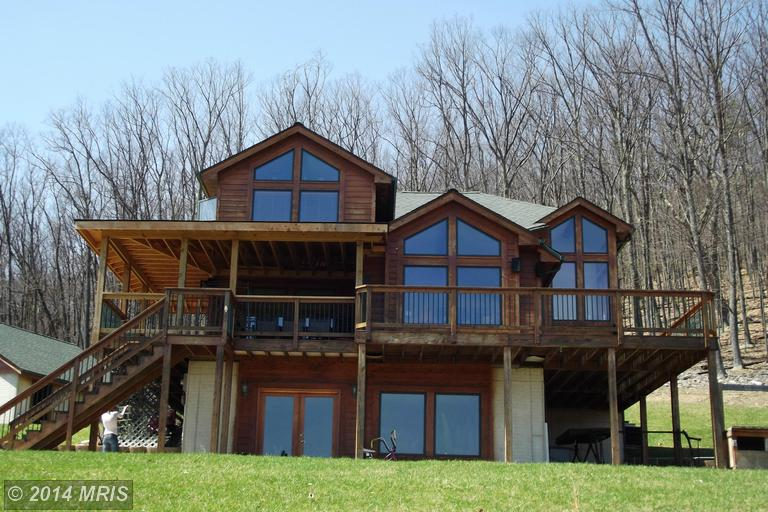 10.9 acres in New Creek, West Virginia