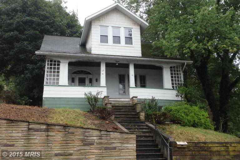 13 Dundee St, Piedmont, WV 26750