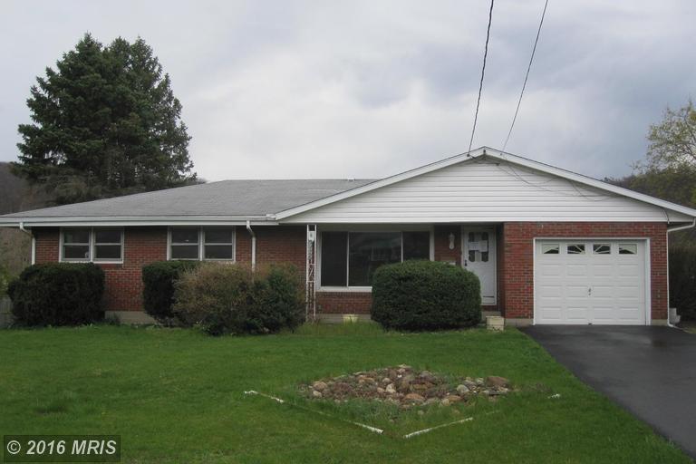 1325 Cornell St, Keyser, WV 26726