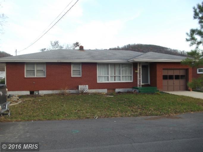 1355 Lynmar St, Keyser, WV 26726