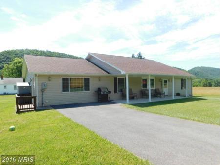 231 S Valley View Ln, Keyser, WV 26726