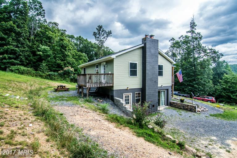 34 Lucy Hanks Rd, New Creek, WV 26743