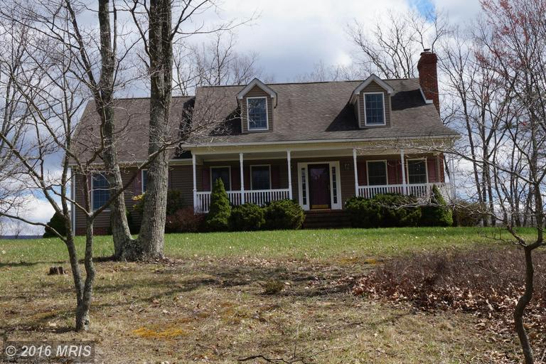 845 Nebo Rd, Great Cacapon, WV 25422