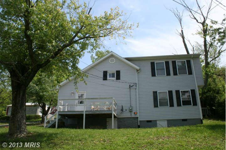 70 MILL STREET, BERKELEY SPRINGS, WV 25411
